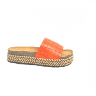 BEST, ORANGE SLIP ON PLATFORM
